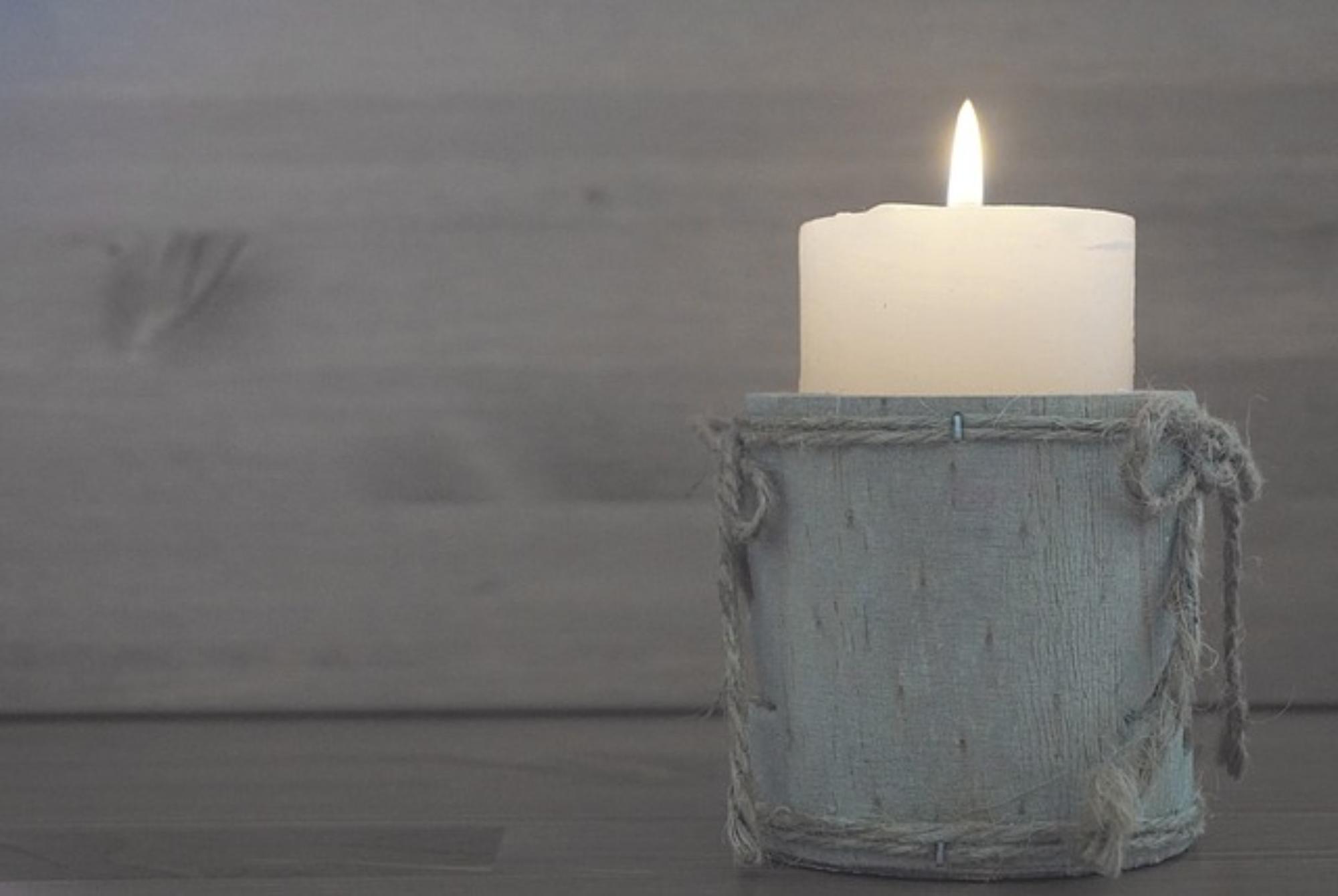 Zrób to sama – świece, peelingi
