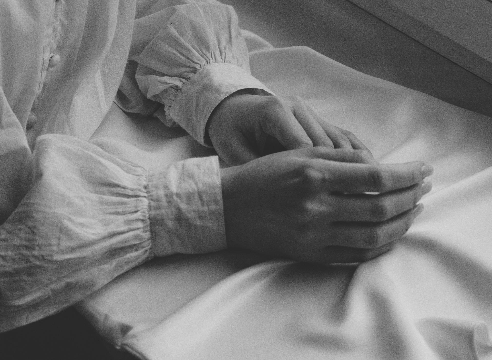 Domowe zabiegi parafinowe na dłonie